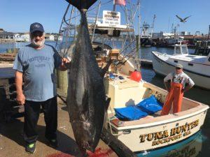 Giant Bluefin on Tuna Hunter