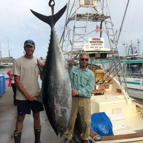Tuna Hunter 800lb Bluefin