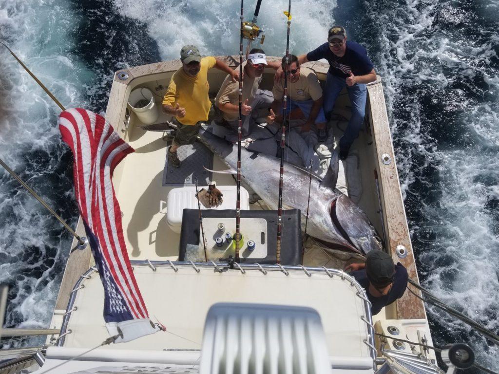 Whippany Dudes 820lb Bluefin on Tuna Hunter Fishing Charters